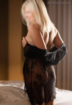 Lana - Escort ladies Düsseldorf 1