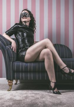 Katja - Escort female slave / maid Berlin 1