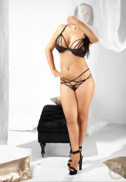 Aliya - Escort ladies Frankfurt 1