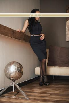 Jasmin - Escort lady Hamburg 4