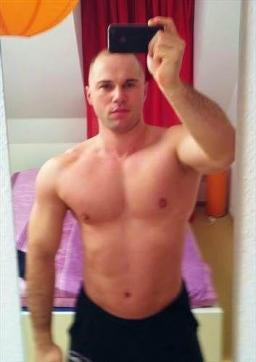 FistScatSlave - Escort gay Berlin 12
