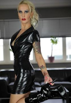 Stella Deluxe - Escort lady Amsterdam 8