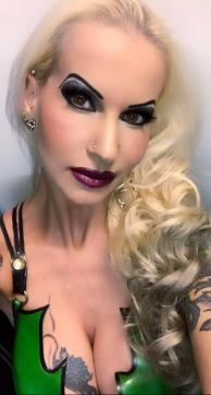 Bizarrlady Stella - Escort bizarre lady Berlin 14