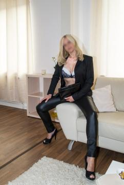 Lara Pirelli - - Escort lady Cologne 9