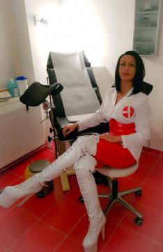 Frau Dr Miss Lucy - Escort bizarre lady Frankfurt 12