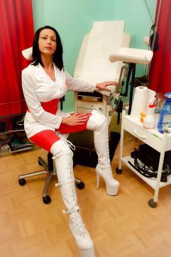 Frau Dr Miss Lucy - Escort bizarre lady Frankfurt 5