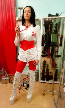 Frau Dr Miss Lucy - Escort bizarre lady Frankfurt 9
