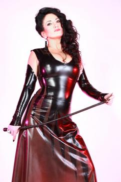 Herrin Chanel - Escort dominatrix Munich 17