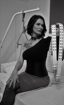 Lady Xenia - Escort dominatrix Vienna 2