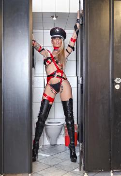 Herrin Sarah - Escort lady Munich 1