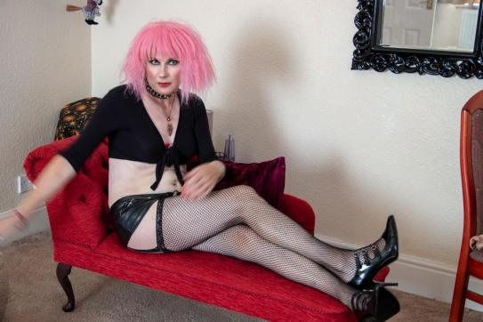 Pink - Escort trans Lowestoft 6