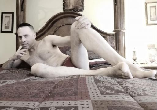 Michael Antonios - Escort gay New Haven CT 17