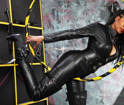 Mistress Geneva - Escort dominatrix Geneva 4