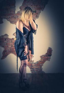 Julie - Escort ladies Magdeburg 1