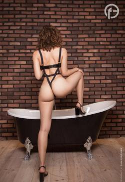 July - FameEscort - Escort ladies Berlin 1