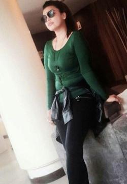 Zahia Dehar - Escort ladies Mumbai (Bombay) 1