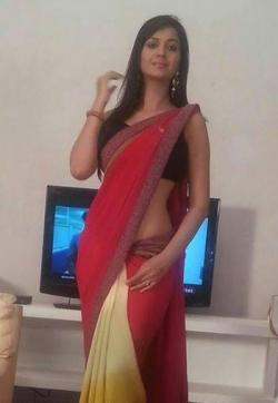 Sonao - Escort ladies New Delhi 1