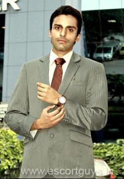 Akshay Aggarwal - Escort mens Delhi 1