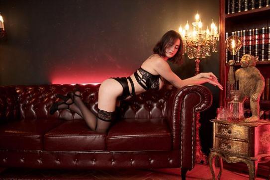 Stephanie - Escort lady Berlin 3
