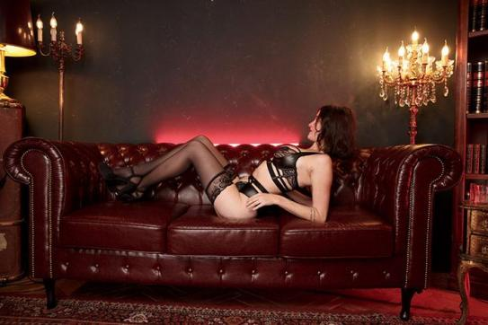 Stephanie - Escort lady Berlin 4