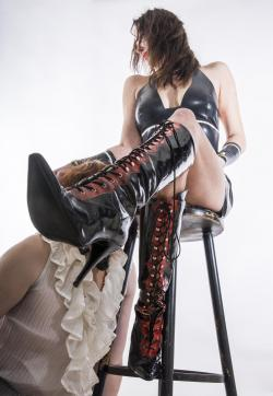 Diamond-Ross - Escort dominatrix Luxembourg City 10