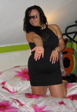 Serina - Escort ladies Dresden 1