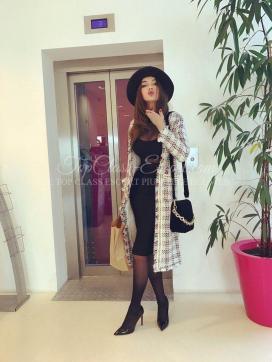 Ludovica Luxury Escort - Escort lady Cannes 12