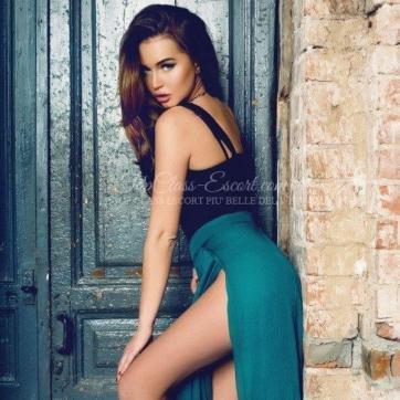 Ludovica Luxury Escort - Escort lady Cannes 3