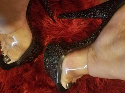 Goddess Scarlet - Escort dominatrix Los Angeles 5