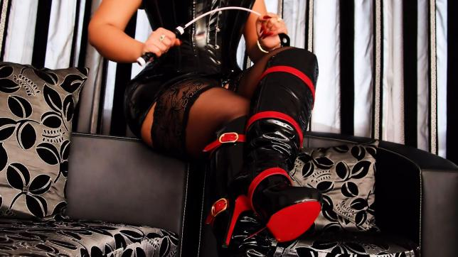 Goddess Scarlet - Escort dominatrix Los Angeles 8