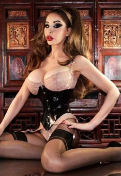 Elle - Escort ladies London 1