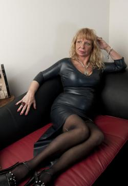 Mistress Marilyn - Escort dominatrixes Toronto 1
