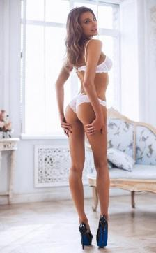 Susan - Escort lady Hamburg 4