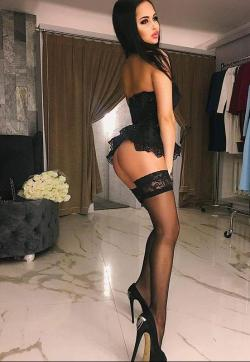 Melanie - Escort ladies Frankfurt 1