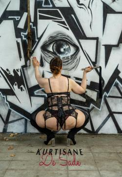 Kurtisane de Sade - Escort bizarre ladies Düsseldorf 1