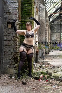 Kurtisane de Sade - Escort bizarre lady Essen 7