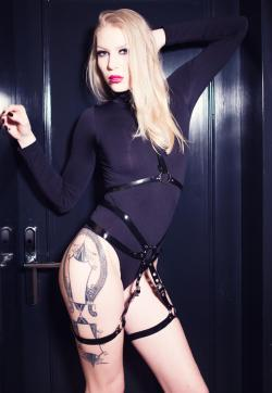 Mistress Madita - Escort dominatrixes Hamburg 1