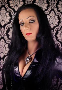 Mistress Luciana - Escort dominatrix Düsseldorf 1