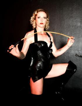Herrin Susann - Escort bizarre lady Rottenburg 2