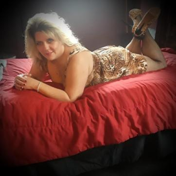 Goddess Candy - Lusious - Escort dominatrix Cleveland 3