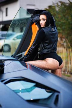 Miss BadGirl - Escort dominatrix Geneva 13