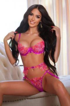Anemona Sparkles - Escort lady London 2