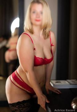 Anne - Escort ladies Hamburg 1