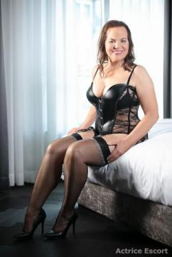 Bettina - Escort ladies Düsseldorf 4