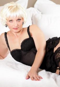 Chantal - Escort lady Hamburg 3