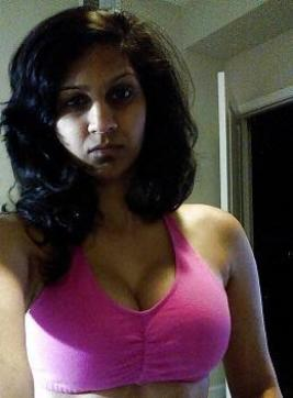 Farah - Escort female slave / maid Houston 3