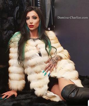 Goddess Domina Charlize - Escort dominatrix Leipzig 9