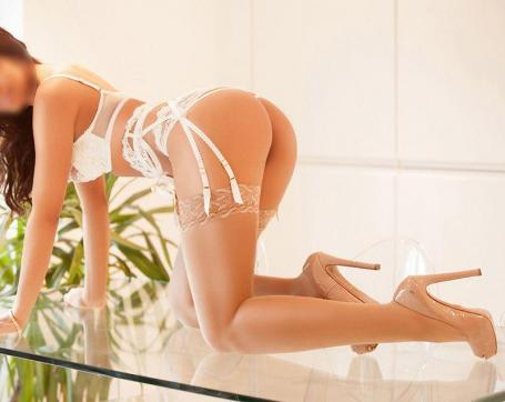 Sabrina - Escort ladies Düsseldorf 2