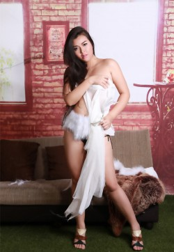 Mina - Escort ladies Bangkok 1
