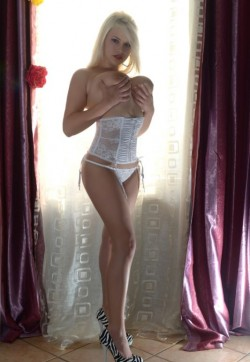 Francesca - Escort ladies Amsterdam 1